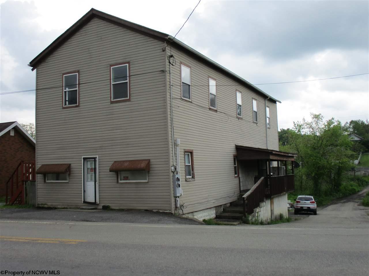 11 East Oak Street,