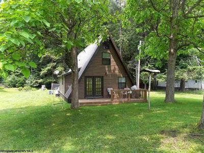 Thomas Single Family Home For Sale: 92 Swallowtail Lane