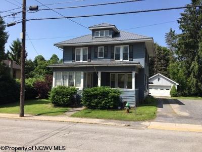 Terra Alta Single Family Home For Sale: 523 W State Avenue