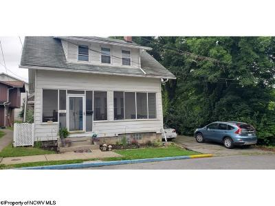 Morgantown Single Family Home For Sale: 122 Simpson Street