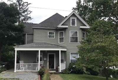 Morgantown Single Family Home For Sale: 9 Davis Street