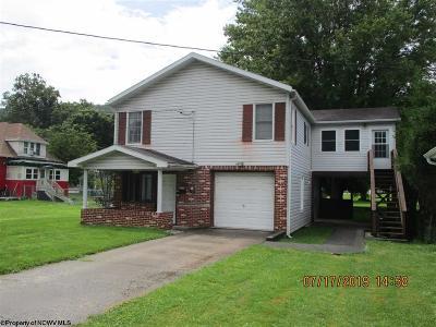 Parsons Single Family Home New: 114 Missouri Street