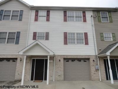 North Hills Condo/Townhouse For Sale: 848 Quadrilla Street
