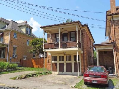 Morgantown Single Family Home For Sale: 204 Kingwood Street