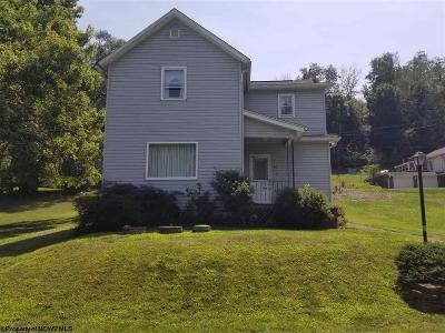 Morgantown Single Family Home For Sale: 64 Boston Street