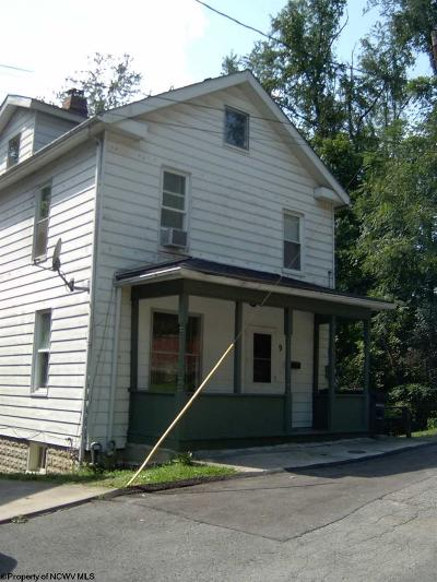 Morgantown Single Family Home For Sale: 9 Trent Street