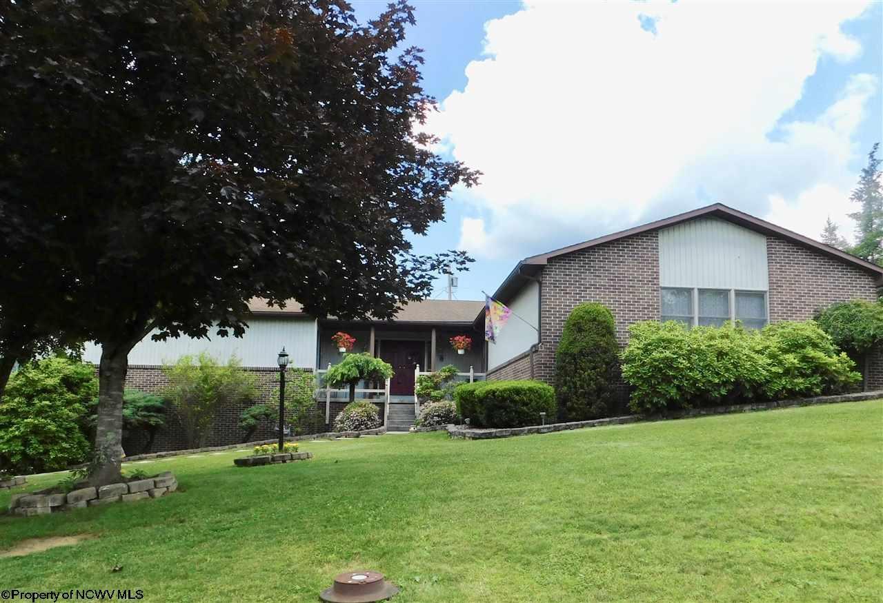 208 Westview Drive, Elkins