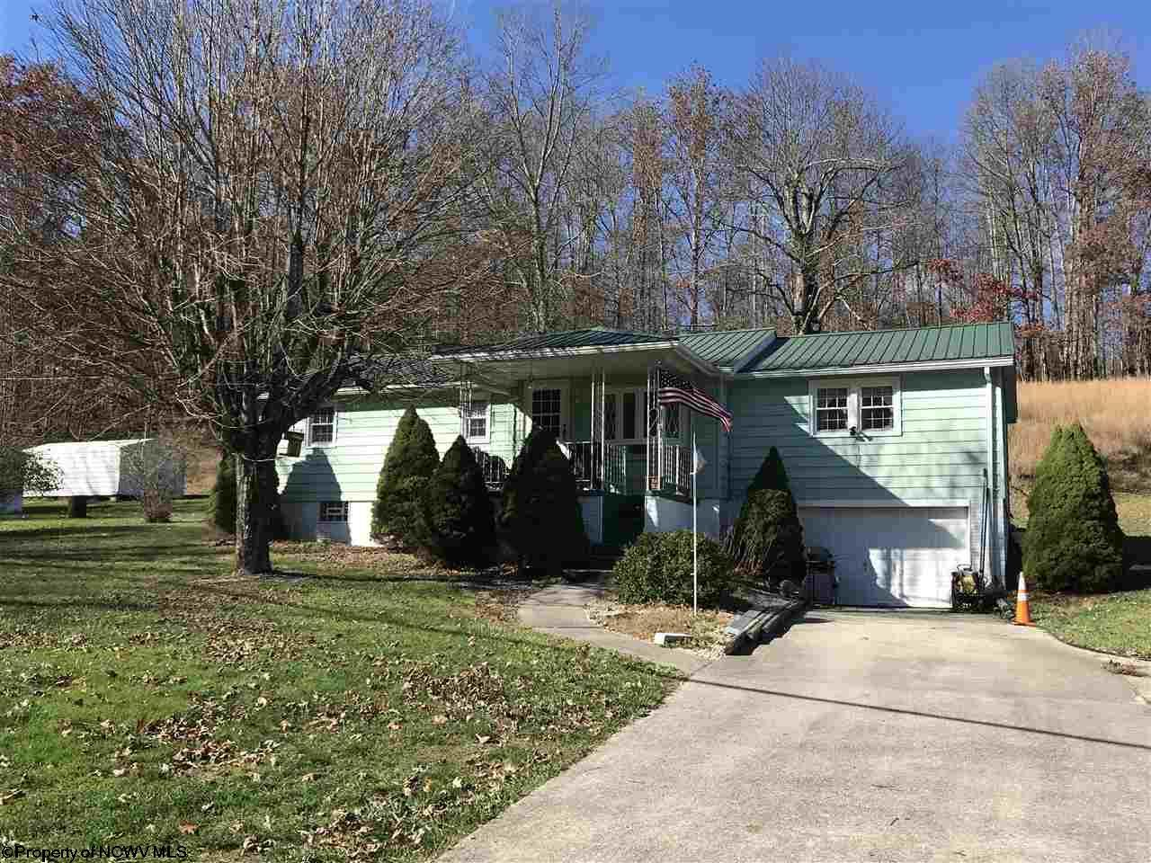 1784 Rich Mountain Road, Beverly