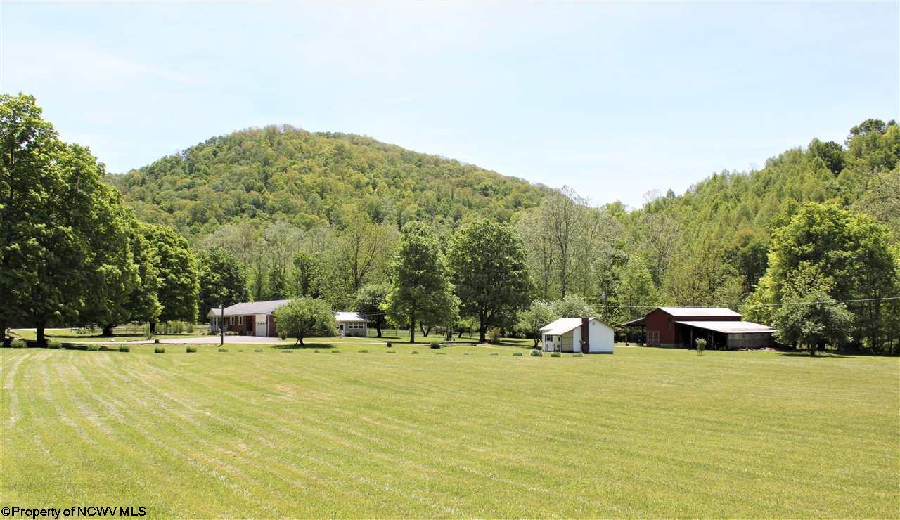 3044 Chenoweth Creek Road,