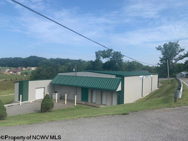 653 Country Club Road,