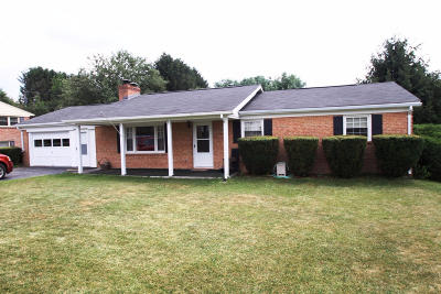 Lewisburg Single Family Home For Sale: 175 Cloverfield Ln