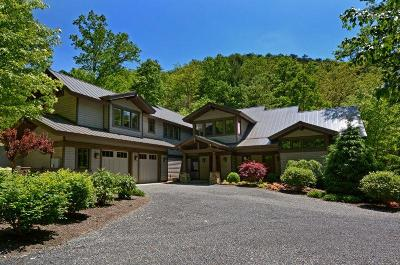 White Sulphur Springs Single Family Home For Sale: 908 Sugar Creek Hollow