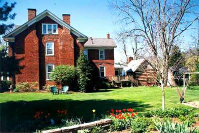 White Sulphur Springs Single Family Home For Sale: 939 E Main St