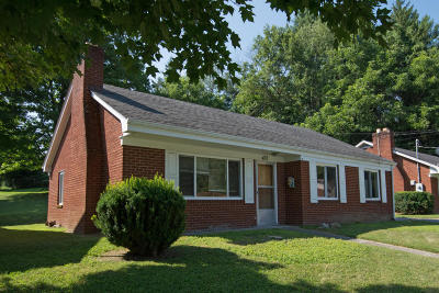 Lewisburg WV Single Family Home For Sale: $145,000