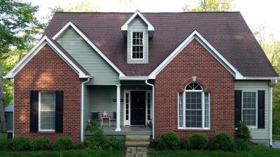 Lewisburg Single Family Home For Sale: 305 Stonehouse Woods Dr
