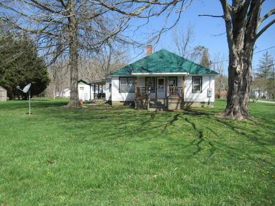 Alderson Single Family Home For Sale: 15 8th Street