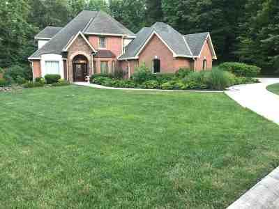 Ashland Single Family Home For Sale: 3950 Brookside Drive