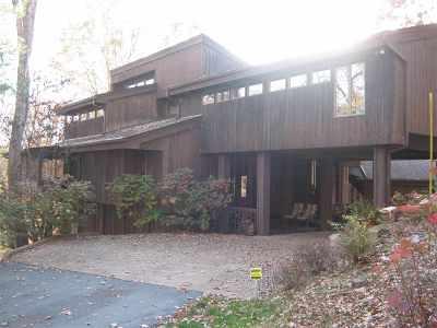 Ashland Single Family Home For Sale: 3737 Leighwood Drive