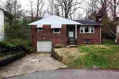 Huntington Single Family Home For Sale: 392 Lower Terrace