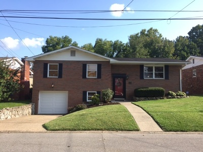 Huntington Single Family Home For Sale: 31 Simpson Drive