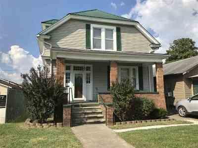 Huntington Single Family Home For Sale: 3242 Piedmont Road