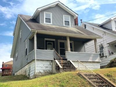 Huntington Single Family Home For Sale: 156 S Walnut Street