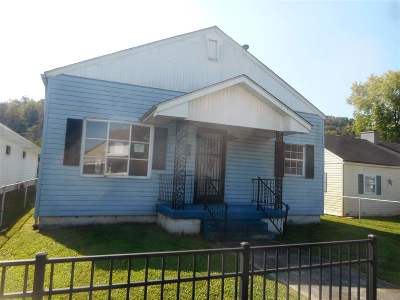 Huntington Single Family Home For Sale: 3231 Chase Street