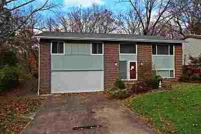 Huntington Single Family Home For Sale: 6243 Highland Dr