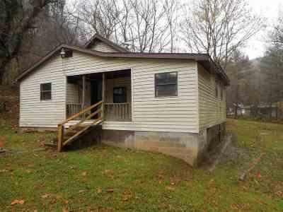 Huntington Single Family Home For Sale: 1009 Johnson Hts Rd