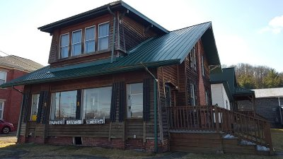 Barboursville Single Family Home For Sale: 1320 Main Street