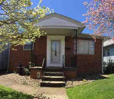 Huntington Single Family Home For Sale: 1048 W 6th Street