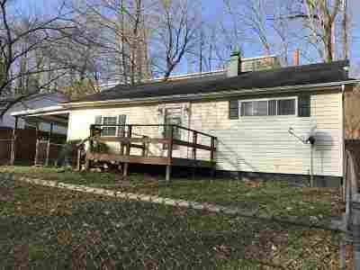 Huntington Single Family Home For Sale: 2823 Saltwell Road