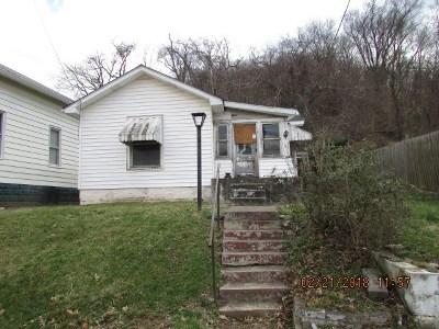 Huntington Single Family Home For Sale: 140 N High Street