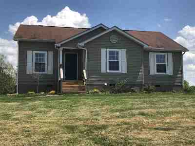 South Point OH Single Family Home For Sale: $135,900