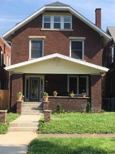 Huntington Single Family Home For Sale: 604 10th Avenue