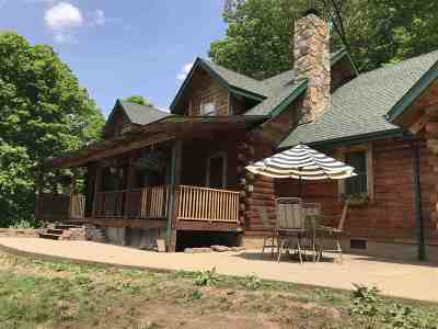 Huntington Single Family Home For Sale: 2250 Spring Valley Drive