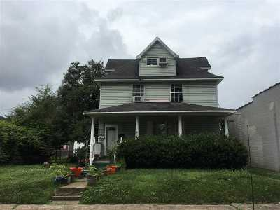 Huntington Multi Family Home For Sale: 911 5th Street West