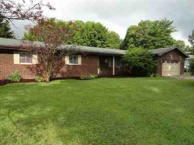 Milton Single Family Home For Sale: 204 Valley View Drive