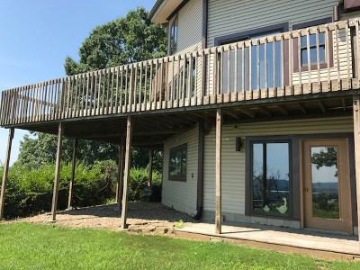 Chesapeake Single Family Home For Sale: 320 Rockwood Avenue