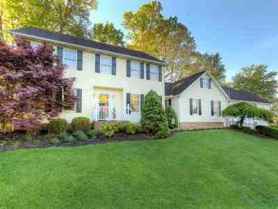 Huntington Single Family Home For Sale: 18 Persimmon Lane