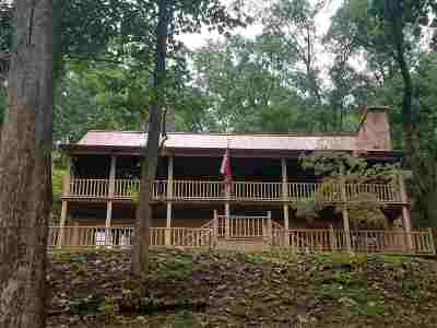 Huntington Single Family Home For Sale: 4312 Green Valley Road