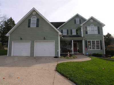 Barboursville Single Family Home For Sale: 14 Castle Drive