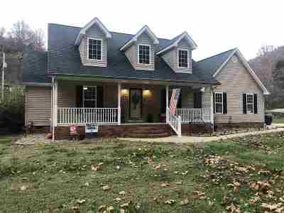 Huntington Single Family Home For Sale: 496 Sherwood Drive