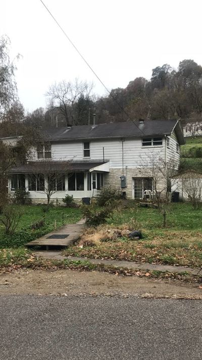 Huntington Single Family Home For Sale: 1587 East Road