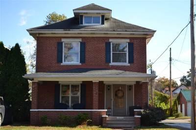 Huntington Single Family Home For Sale: 1030 7th Street
