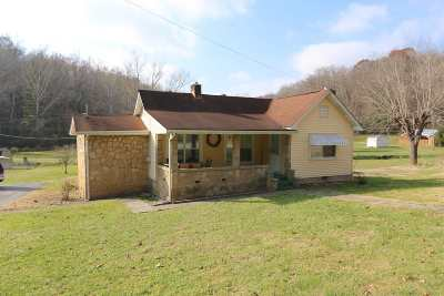 Chesapeake Single Family Home For Sale: 2713 County Road 31