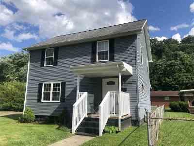 Huntington Single Family Home For Sale: 4237 Hughes Street