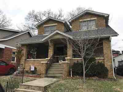 Huntington Single Family Home For Sale: 120 Belford Ave.