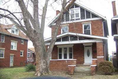 Huntington Single Family Home For Sale: 1210 9th Avenue