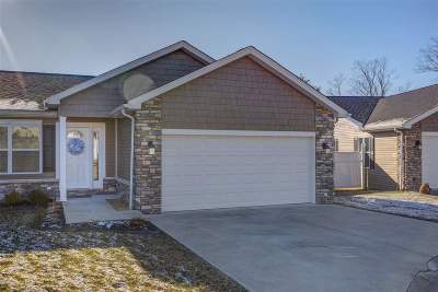 Huntington Single Family Home For Sale: 7 West Pointe Drive